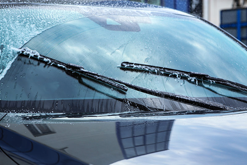 windshield wipers on ice windshield