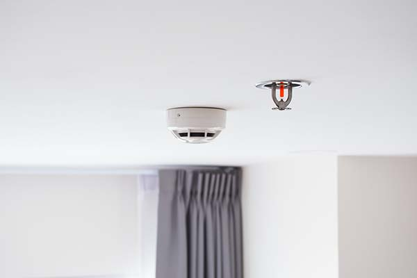 Water sprinkler and Smoke detectors sensor, Automatic fire extinguisher