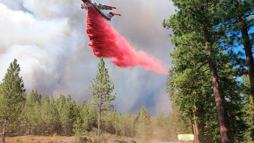 Northern California wildfire crosses into Nevada, prompting new evacuations