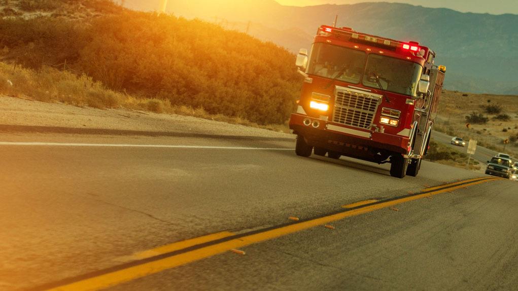  Crews stop forward progress of wildfire near San Bernardino, Highway 18 reopens